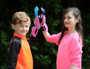 Baylee Abbott(11) from Oxton who  has a thumb and three fingers missing has had a prosthetic hand made using a  3d printer.  Baylee high fives brother Koby